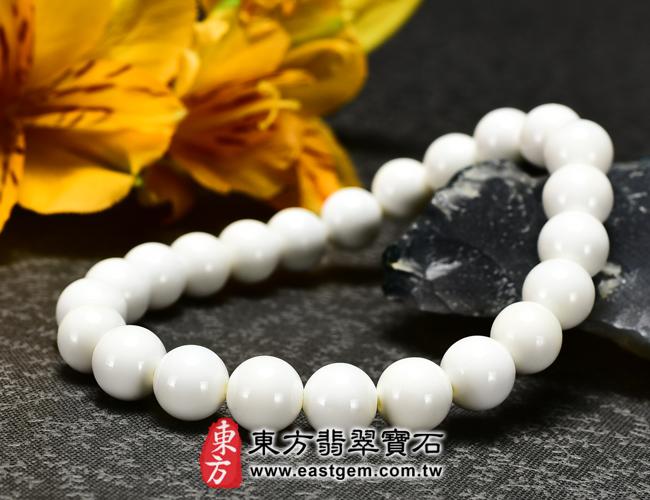 白硨磲天然玉石珠串手鍊右側照片 白硨磲手鍊(白硨磲珠子、白車渠珠子,珠徑約8mm,WCG013)。客製化設計各種白硨磲珠串、白硨磲珠子、白硨磲手鍊、白硨磲手珠。★附東方翡翠寶石保證卡