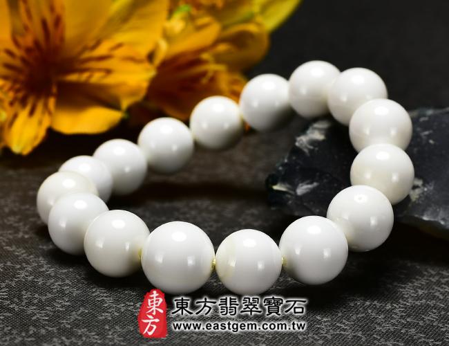 白硨磲天然玉石珠串手鍊正面照片   白硨磲手鍊(白硨磲珠子、白車渠珠子,珠徑約10.5~12mm)WCG007。客製化設計各種白硨磲珠串、白硨磲珠子、白硨磲手鍊、白硨磲手珠。★附東方翡翠寶石保證卡