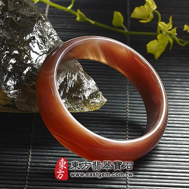 天珠紅瑪瑙玉髓手鐲玉鐲 左側照片 天珠紅瑪瑙手鐲。(圓鐲19,RM011)。客製化訂做各種天珠紅瑪瑙手鐲。★附東方翡翠寶石雙證書