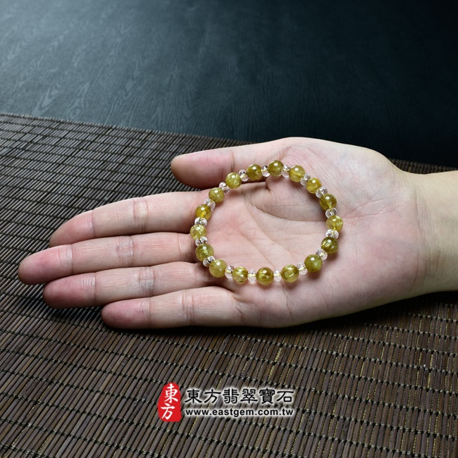 髮晶手鍊大小示意圖照片 髮晶手鍊(髮晶珠子,髮晶珠徑約7~8mm、透明格珠珠徑約5.5mm,OFJ215) 客製化設計各種髮晶珠串、髮晶珠子、髮晶手珠。★附東方翡翠寶石保證卡